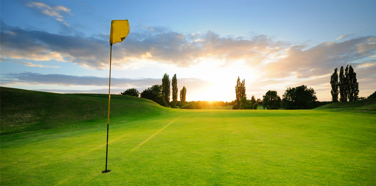Get swinging at Burnley Golf Course, an easy nine minutes east of the Melbourne CBD Today, pick from three awesome golf options... One: It's an hour-long ...