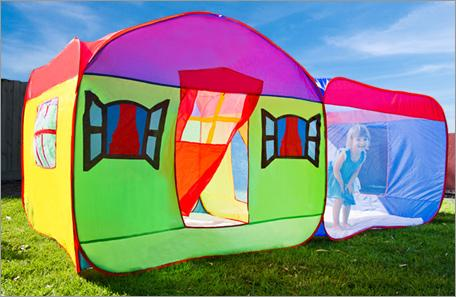 The Kidu0027s Pop-Up Playhouse springs open to create a giant pop-up playhouse tent! Perfect for the beach ... & 50%OFF Kidu0027s Pop-Up Playhouse deals reviews couponsdiscounts